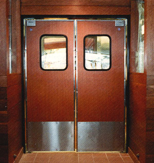Superieur Double Acting Doors In Restaurant